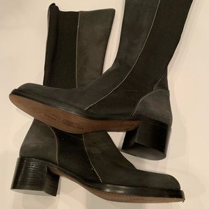 NWOT, charcoal gray, nubuck boot. Made in Italy